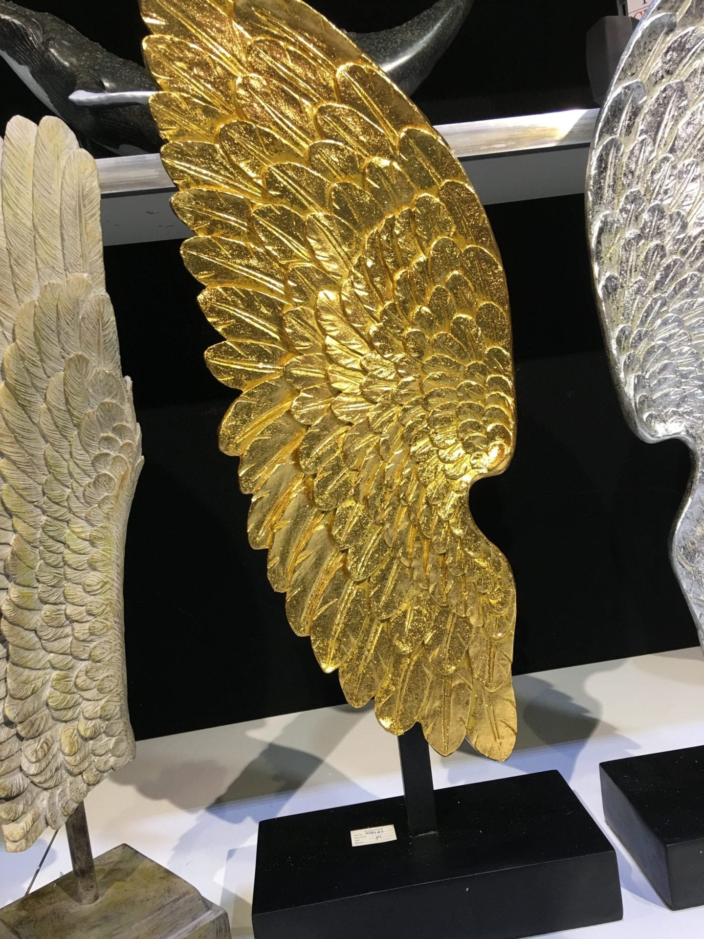 Beautiful Gold Angel Wings Wall Decor Gallery - The Wall Art ...